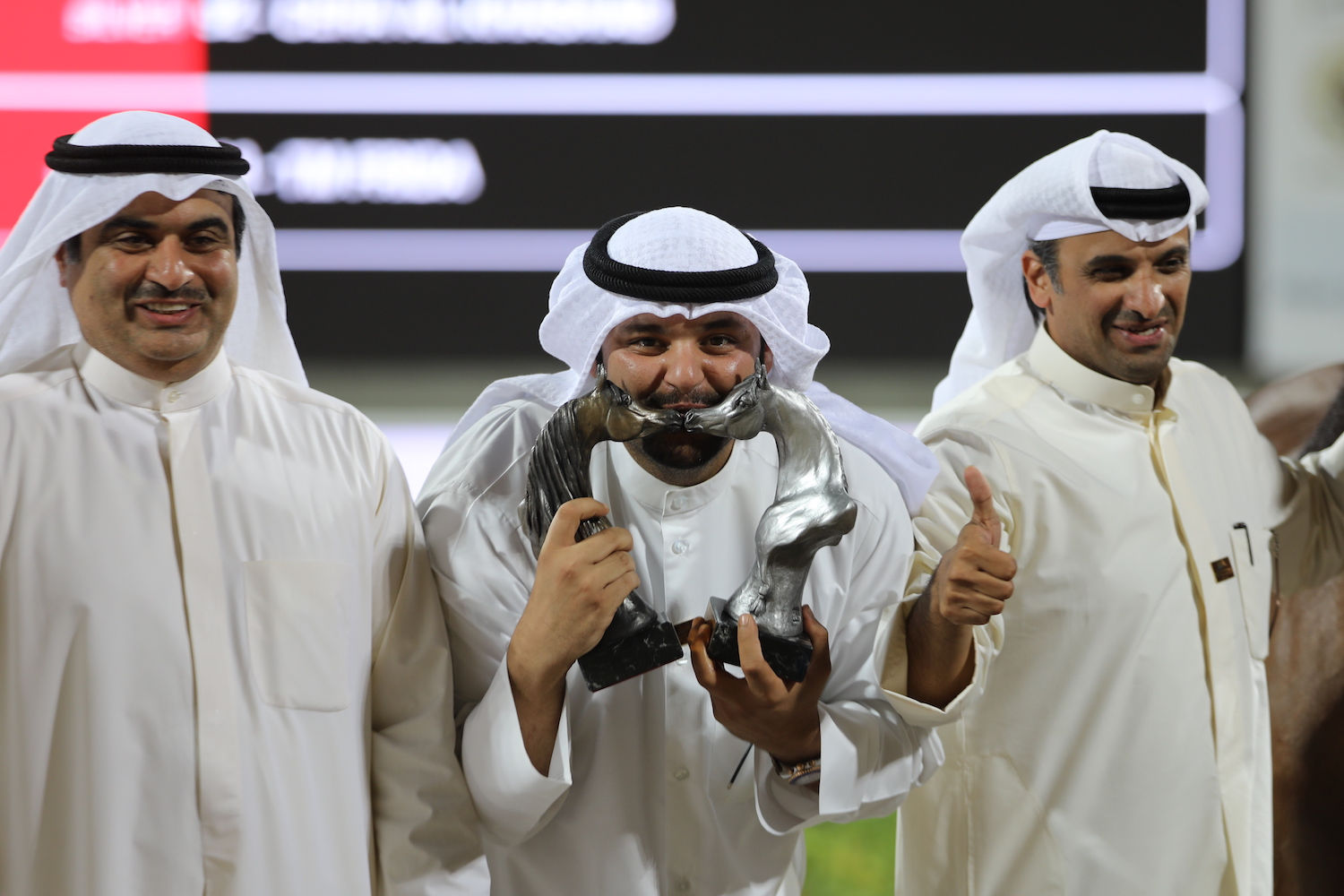 Kuwait Nationals - smiling winners - photo by Michael Steurs